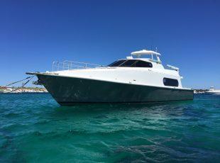Canard Motoryacht design bow quarter