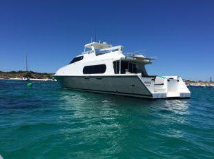 Canard Motor yacht design sternquarter