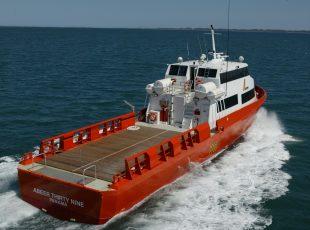 SBF Marine - Crew Transfer Boat Architects - Swissco Spirit Wooden Deck